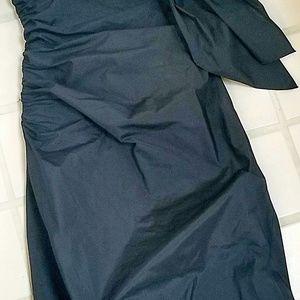 BCBGMaxAzria Dresses - BCBGMAXAZRIA Black Strapless Bow Bubble